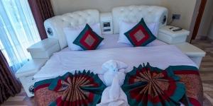 Executive Castle Suites