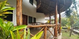 Four Bedrooms Villa