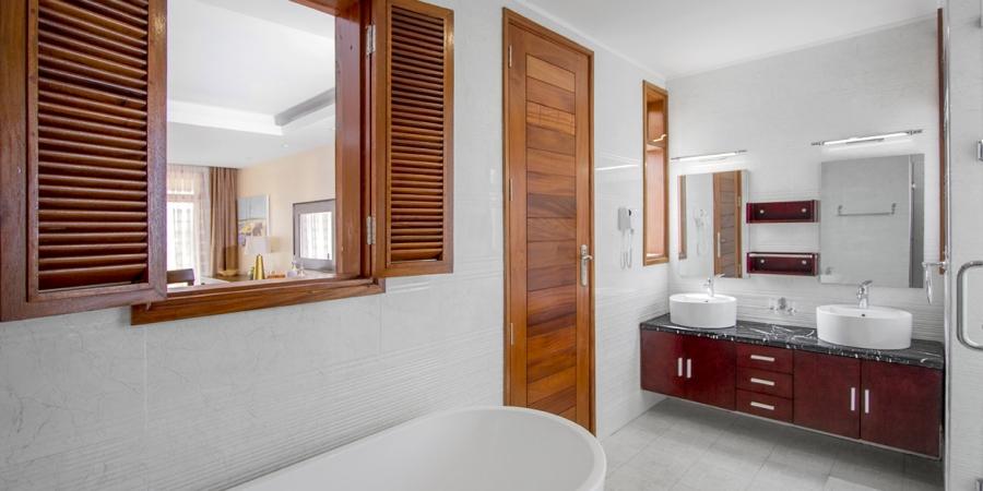 Maiyan Luxury Villa (3 Bedroom with Living Room)
